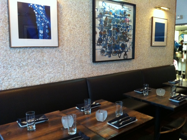 Vinted Wine Bar__banquette1