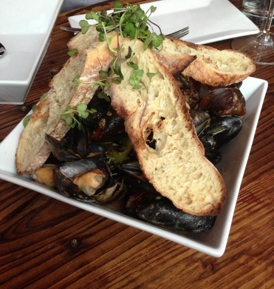 Vinted Wine Bar_Pan_roasted_mussels