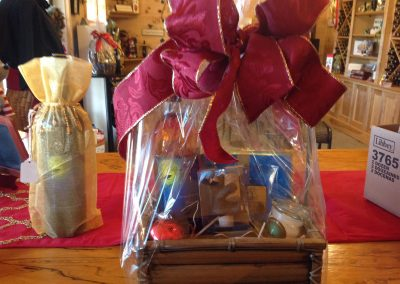 Raven Hollow Winery - Gift Basket